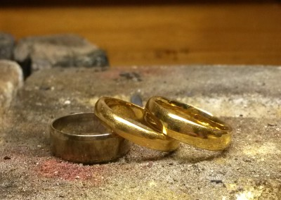 1 yellow and white gold to be remodelled into handmade ring