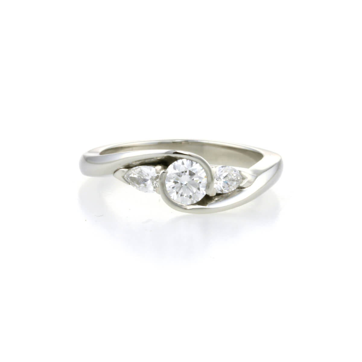 handmade-platinum-and-diamond-round-brilliant-and-pear-shaped-engagement-ring-copy