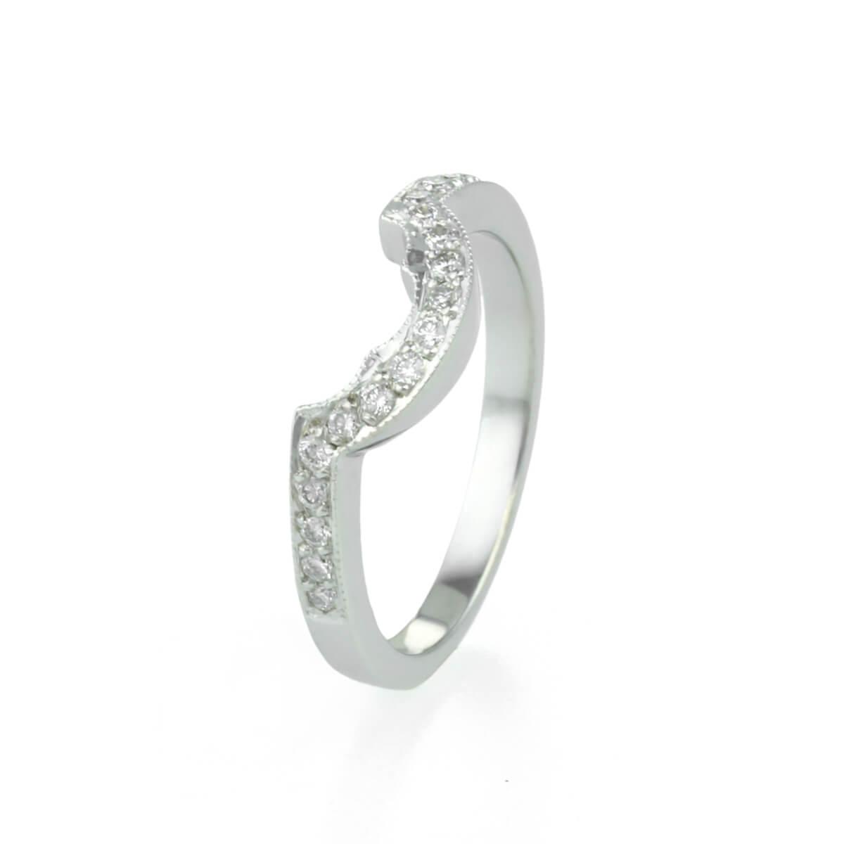 9ct White gold Grain Set Diamond Shaped Wedding Ring